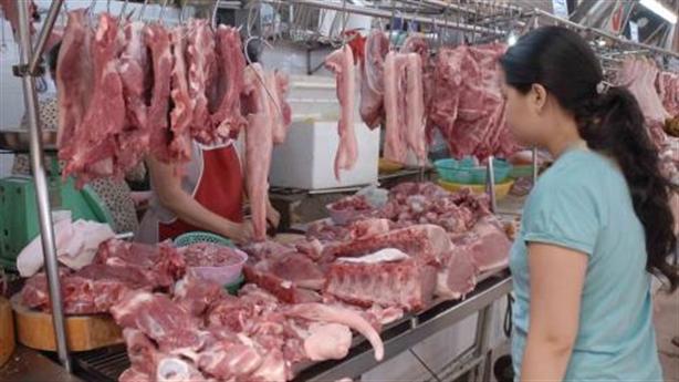 Giải cứu thịt lợn: Người dân xoay nhanh hơn quản lý?
