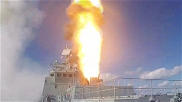 Đô đốc Grigorovich nã đạn thị uy khi vào Địa Trung Hải