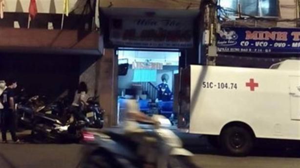 Việt kiều chết bất thường: Tiếng hô hoán của bà chủ...tiệm tóc