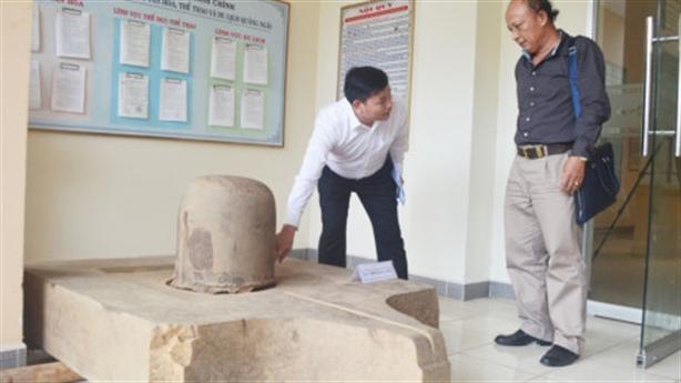 Phát hiện bộ linh vật Linga-Yoni lớn nhất từ trước đến nay