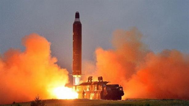 Triều Tiên công bố hình ảnh thử tên lửa: Điểm học Mỹ