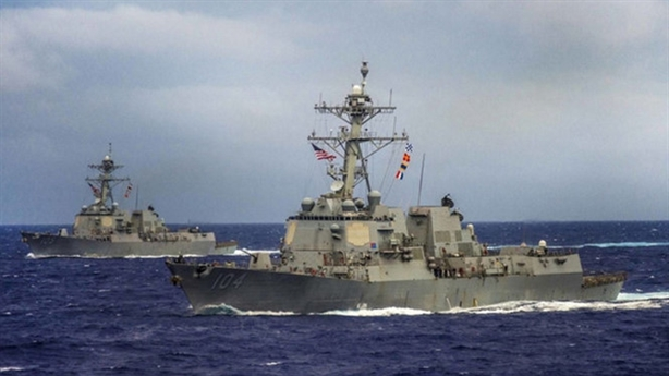 Mỹ lần đầu tuần tra Biển Đông dưới thời ông Trump