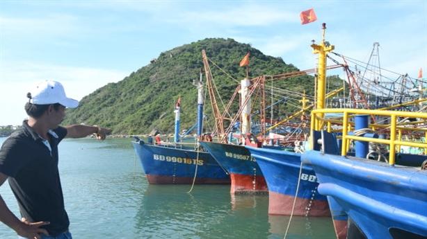 Tàu cá 'đắp chiếu': Phát hiện thép Trung Quốc, dân bị dọa?