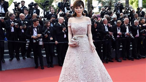 Lý Nhã Kỳ mất vé tại Cannes: Thêm chuyện khó tin