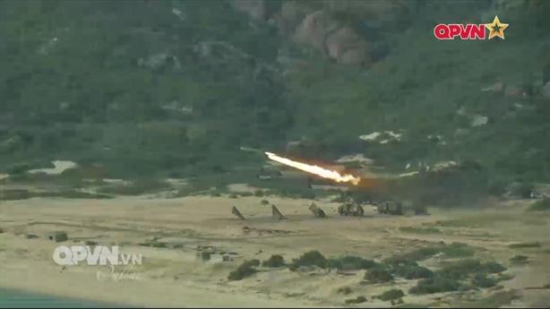 Tên lửa VN vừa phóng tấn công được mục tiêu mặt đất