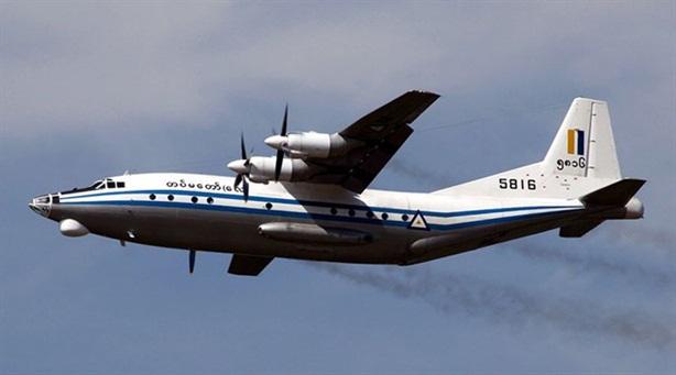 Máy bay Trung Quốc bán cho Myanmar gặp nạn giữa biển