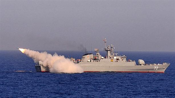 Iran dùng tên lửa Trung Quốc thị uy tại vịnh Aden