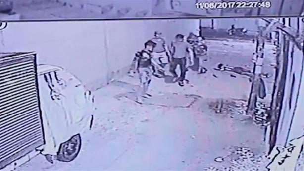 Nhóm thanh niên đánh chết người vì nẹt pô