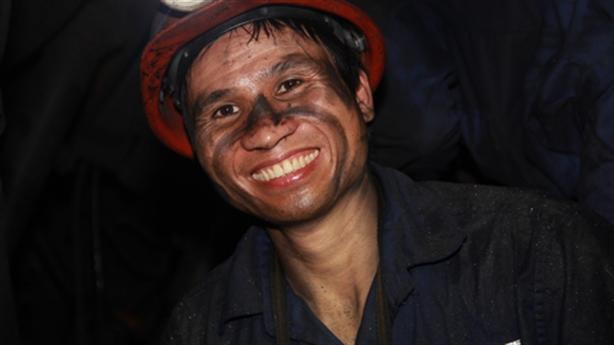 9 triệu tấn than tồn kho: Lại bán rẻ cho Trung Quốc?