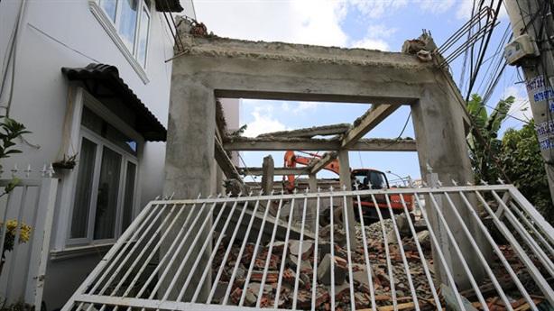 Chánh thanh tra xây nhà trái phép làm Phó phòng tư pháp