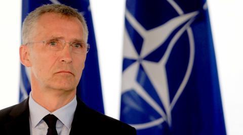 ''NATO tồn tại vô nghĩa suốt 25 năm''