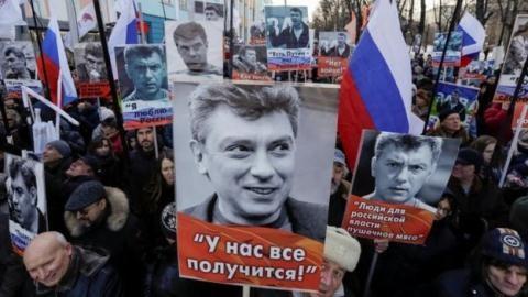 Phương Tây quyết can thiệp vào tình hình nội trị nước Nga