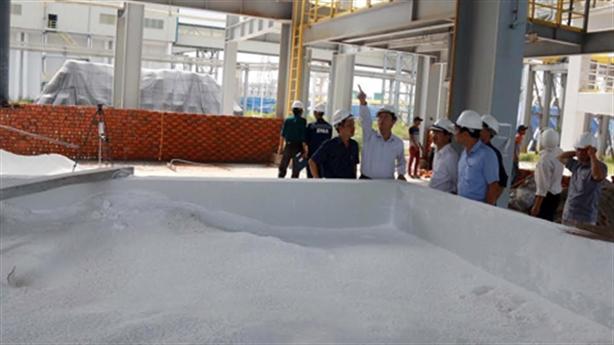 Nhà máy alumin Nhân Cơ phát tán bột màu trắng: Do đâu?