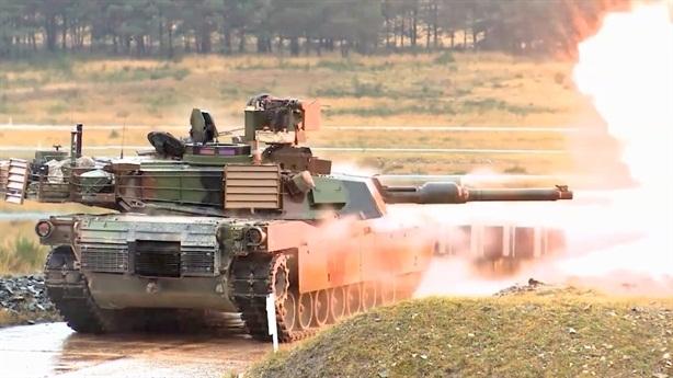 Mỹ cố tình thua Nga về đầu tư cho xe tăng