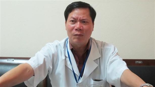Vì sao đề nghị cách chức Giám đốc Bệnh viện Hòa Bình?