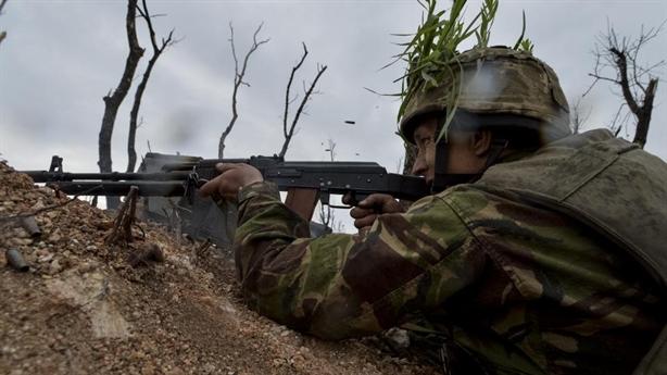 Ukraine hốt hoảng lo Nga dàn trận tấn công