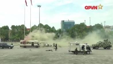 Xe bọc thép Guardian của Việt Nam xuất hiện trong diễn tập