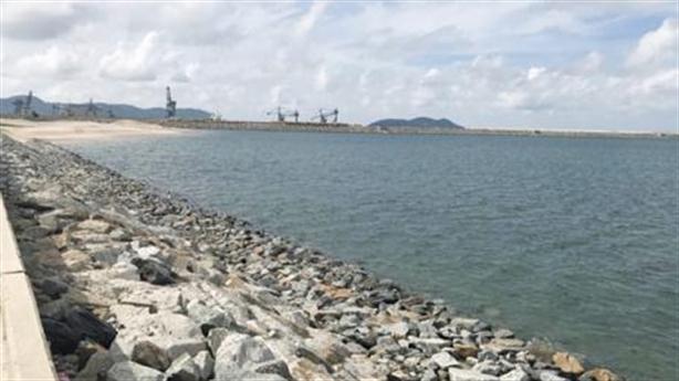 Formosa lấn biển làm bãi xỉ thải: Thận trọng giám sát...