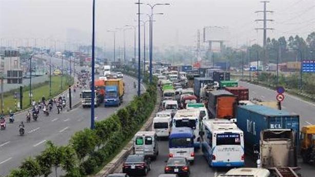 Cao tốc tốc độ hơn 10 km/h: Đừng chữa sai bệnh