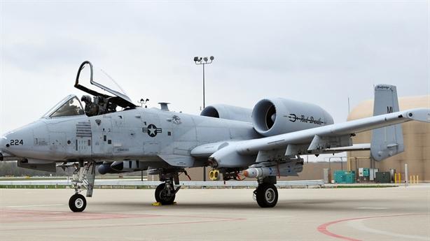 Mỹ đau đầu tìm cách thay thế A-10 Thunderbolt