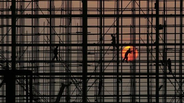 Núi nợ dâng cao của Trung Quốc: Tăng nhanh và trả giá