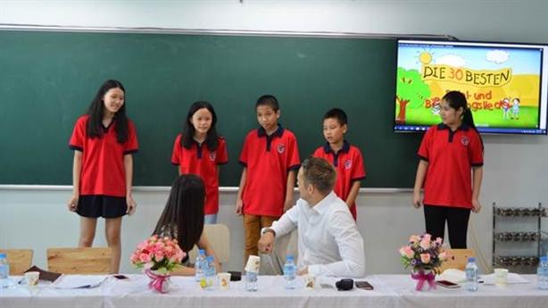 Trường Tiểu học-Trung học PASCAL hợp tác với Tổ chức ZFA