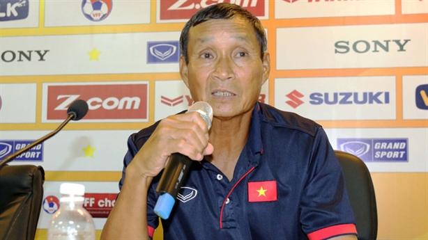 Giao quyền dẫn dắt, VFF vẫn không tin thầy Chung
