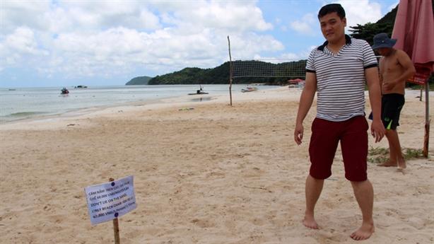 Ra biển cấm nằm trên cát, miệt vườn không được hái quả