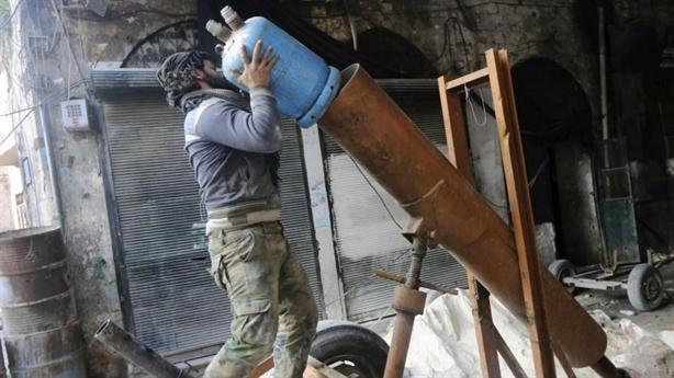 Nga để lọt đạn cối IS khiến 2 binh sĩ thiệt mạng