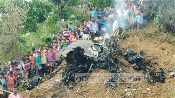 Nghi vấn máy bay Yak-130 rơi tại Myanmar