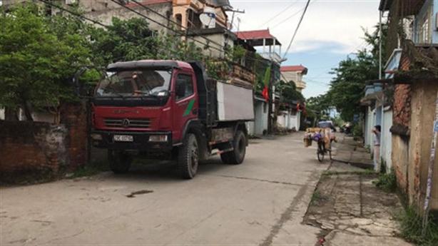 Nhân viên sân bay Nội Bài bị chồng giết: Lời hàng xóm
