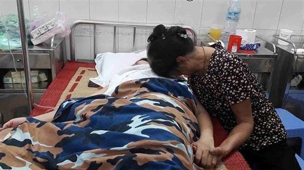 Vợ cảnh sát biển tự tử vì bị chuyển trường: Nói thật
