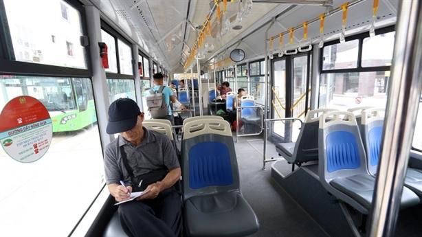 Buýt nhanh Hà Nội học BOT: Dân buộc phải đi...