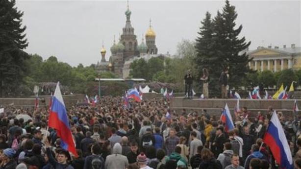 Tình thế mong manh khi phe đối lập chiến thắng tại Moscow