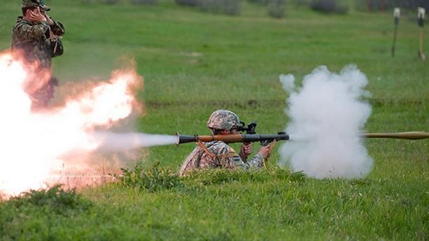 Mỹ xếp AT-4 trên súng chống tăng Nga