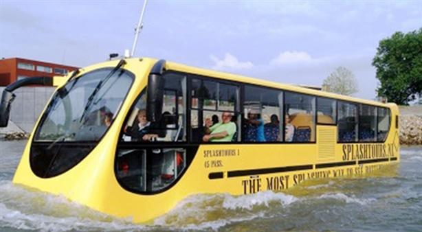 Taxi nước Hồ Tây chống ùn tắc: Vòi vĩnh ưu đãi...