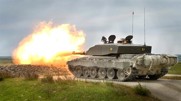 Tăng Armata không thể tấn công Challenger 2 Anh
