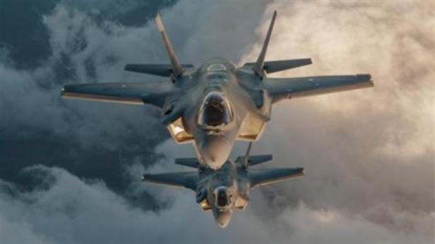 Mỹ chi quốc phòng gấp 14 lần Nga: Bao nhiêu cho đủ?