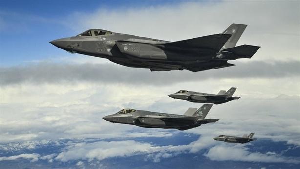 Thực tế buồn: Hơn 100 chiếc F-35 không thể