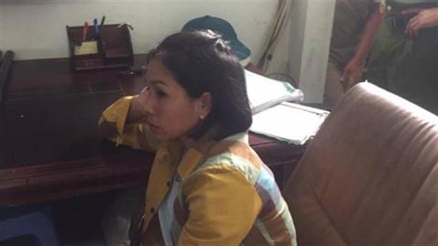 Dân bắt 3 phụ nữ nghi thôi miên trộm tài sản