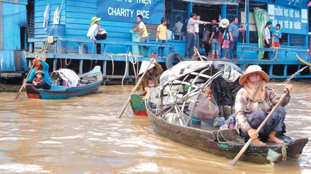 Trấn an tình hình người gốc Việt ở Campuchia