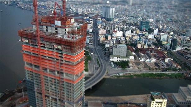 Nợ công/GDP Việt Nam: Tăng vốn để lấy tăng trưởng?