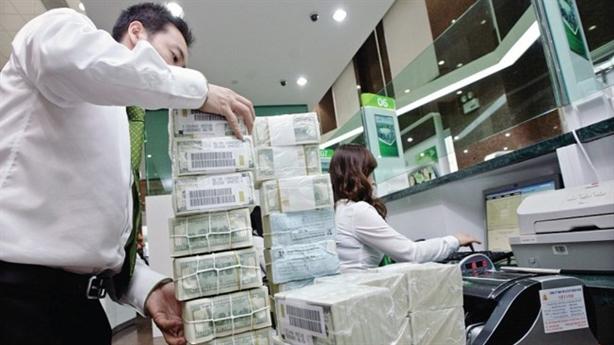 Kiều hối chiếm 7% GDP: Việt Nam sử dụng thế nào?