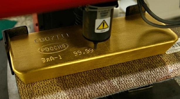Mua 38% vàng thế giới, Nga làm đồng USD giảm giá trị...