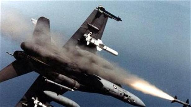 Mỹ nâng cấp F-18 kết hợp với F-35 để hạ Su-57
