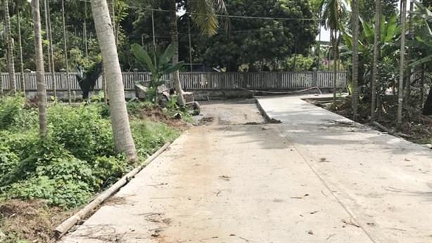 Tiền tỷ làm đường qua nhà Chủ tịch huyện: Cần thiết vì...