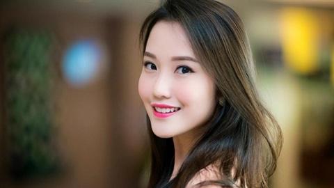 Bạn gái mới Phan Thành xinh đẹp, gia thế khủng hơn Midu?