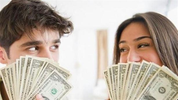 Vợ không bao giờ hài lòng với thu nhập của tôi