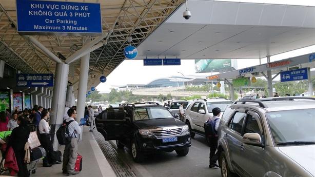 Mở rộng Tân Sơn Nhất: Bộ trưởng Thể hỏi thẳng