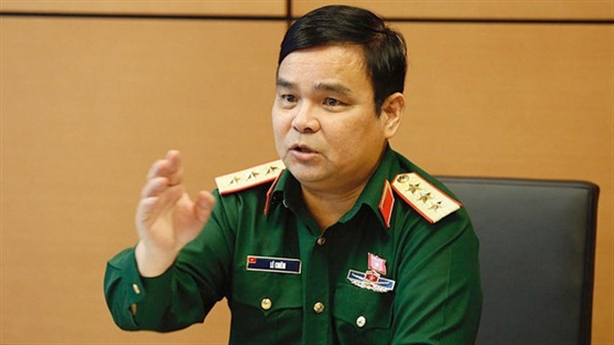 'Quân đội tự làm ra kinh tế để phát triển quốc phòng'